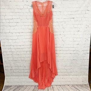 🔥Pretty BCBGMAXAZRIA Orange Platted formal Dress